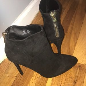 Beautiful Zara boots size 8 excellent condition